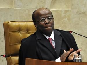 O presidente do Supremo Tribunal Federal, Joaquim Barbosa, na primeira sessão da corte, nesta sexta (1º) (Foto: Elza Fiuza/ABr)