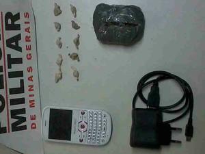 Materiais apreendidos com detento em Barbacena (Foto: Polícia Militar/Divulgação)