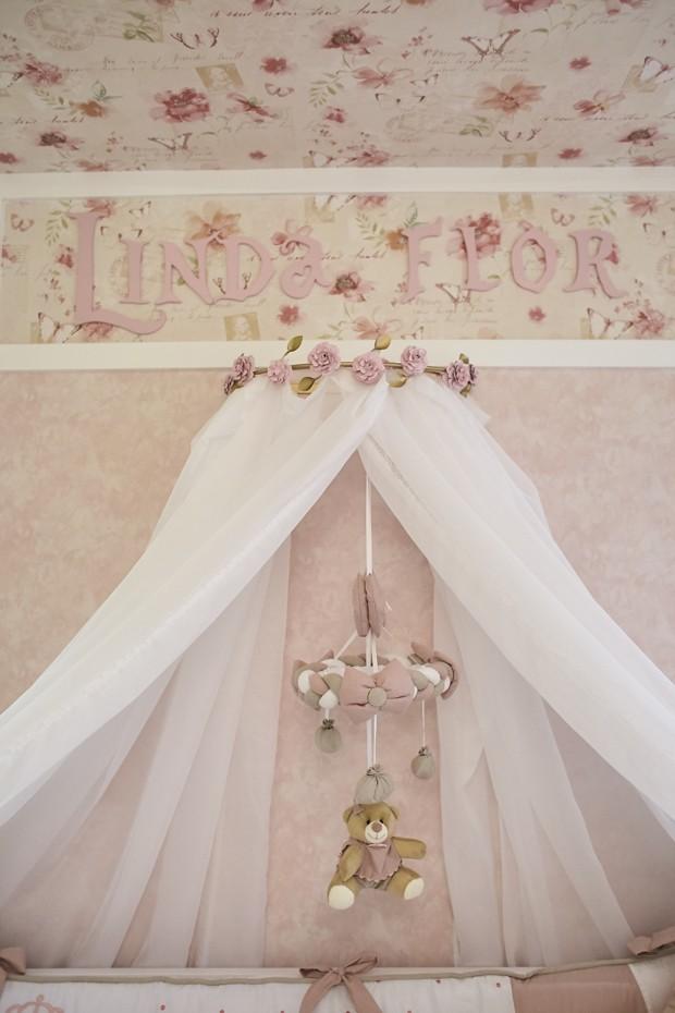 Os bichinhos de pelúcia que decoram o ambiente foram desenhados pela Grão de Gente especialmente para o quarto de Linda flor (Foto: Divulgação)