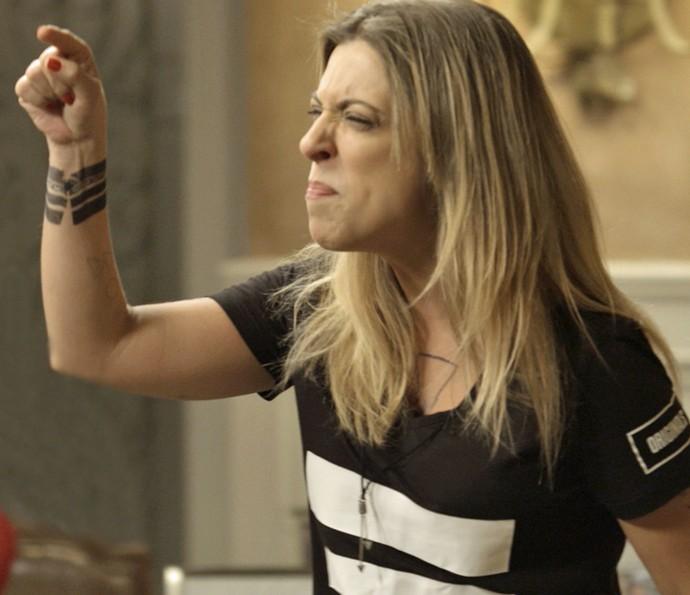 Úrsula surta com Vavá após o flagra (Foto: TV Globo)
