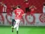 Falhas atrás definem derrota do Inter com caneta e primeiro gol de William