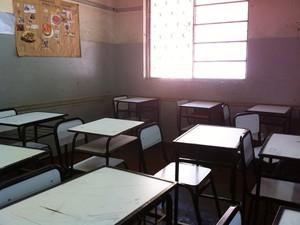 Sala de aula onde candidato deixou celular (Foto: Michelly Oda / G1)