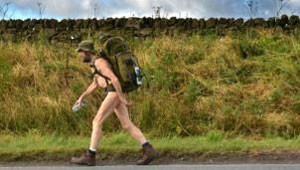 Stephen Gough diz que é seu direito fundamental poder andar sem roupas pelas ruas da Escócia (Foto: Getty )