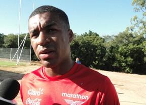 Zagueiro Erazo, jogador Flamengo, na seleção do Equador