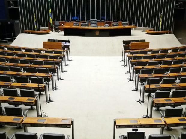 Plenário da Câmara dos Deputados vazio nesta segunda-feira (31) (Foto: Bernardo Caram/G1)