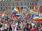 Irlanda aprova lei do casamento gay cinco meses após referendo histórico