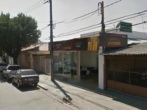 Vítima trabalha quando foi atacada em Jundiaí (Foto: Google Street View)