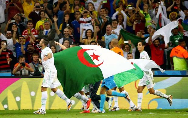 Argélia comemoração classificação (Foto: Reuters)