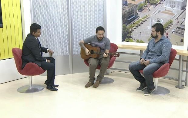Integrantes da banda Os Descordantes mostraram uma das músicas do novo álbum Quietude (Foto: Bom Dia Amazônia)