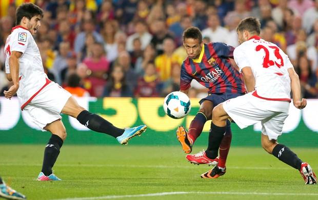 Neymar Barcelona e Sevilla (Foto: Agência AP)