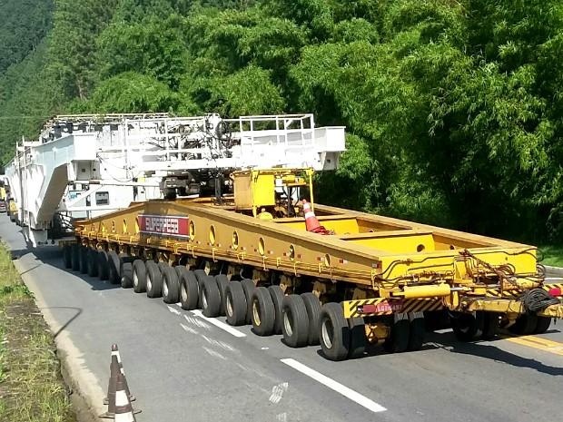 Furnas é destino final da carreta de grandes proporçõe (Foto: Marcos Landim/TV Rio Sul)