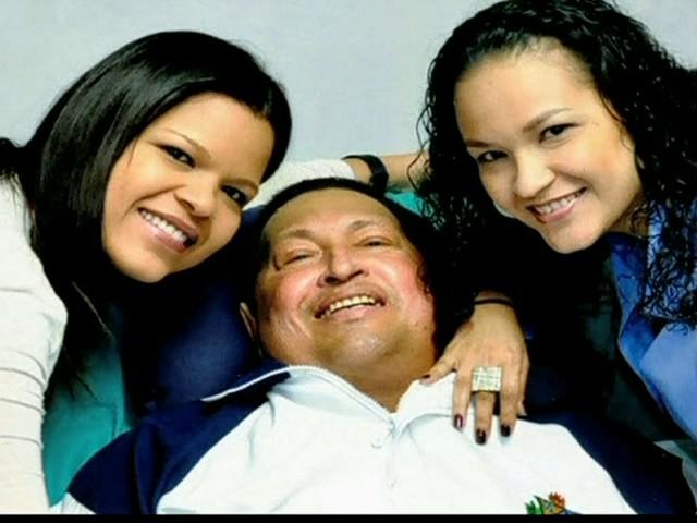 Governo da Venezuela divulga primeiras fotos de Hugo Chávez (Foto: Reprodução Globo News)