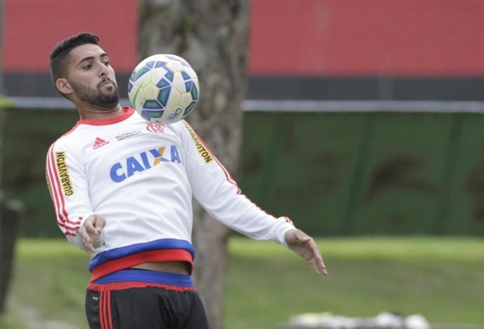 Frauches em treino do Flamengo na semana passada (Foto: Gilvan de Souza / Flamengo)