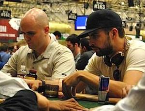 Piqué em Las Vegas poquêr (Foto: reprodução / Poker Red)