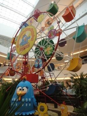 Roda Gigante da Galinha Pintadinha será colocada no Goiânia Shopping, em Goiás (Foto: Divulgação/Goiânia Shopping)