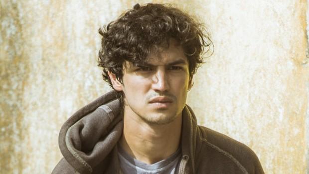 Os Dias Eram Assim: Gabriel Leone será Gustavo na série (Os Dias Eram Assim,)