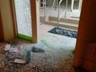 Quadrilha explode caixas eletrônicos e troca tiros com a polícia em Caconde