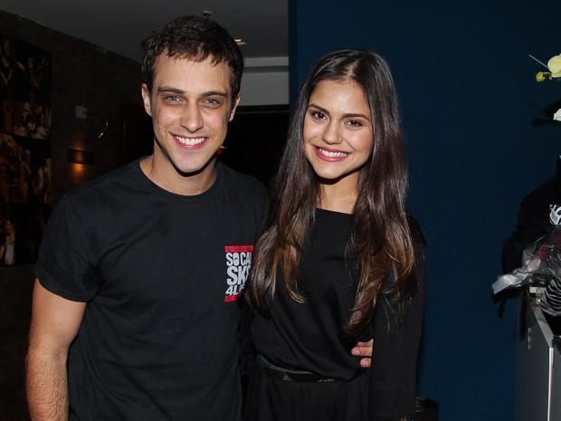 Ronny Kriwat e Jessika Alves em peça em São Paulo (Foto: Marcos Ribas/ Foto Rio News)