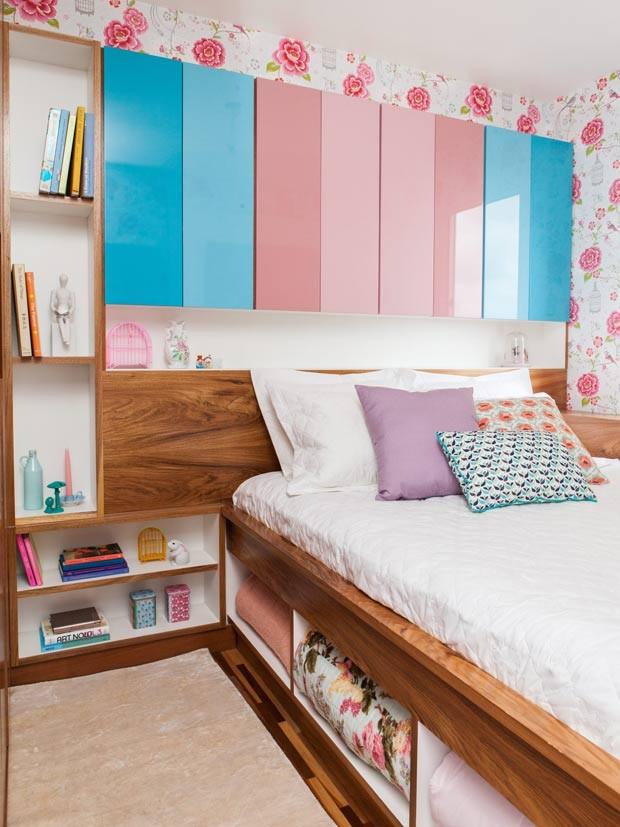 quarto-cama-papel-de-parede-gaveta (Foto: Lufe Gomes/Editora Globo)