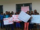 Estudantes no interior de Roraima protestam por melhorias em escola