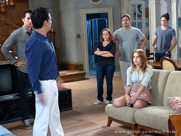 Disposto a acabar com esse namoro, Caetano quer levar Anita para a Barra (Foto: Malhação / TV Globo)