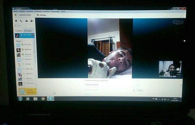 Skype é uma das ferramentas que se tornou 'melhor amiga' do casal (Foto: Arquivo Pessoal)