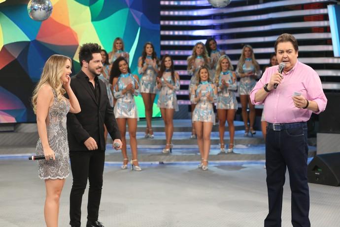 Thaeme & Thiago no 'Domingão do Faustão' (Foto: Carol Caminha/Gshow)
