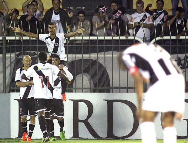Alisson gol Vasco jogo Atlético-MG (Foto: Luciano Belford / Agência Estado)