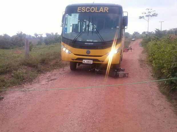 Batida aconteceu por volta das 11h30 desta segunda-feira (20) (Foto: Divulgação/PM-TO)