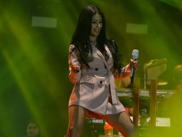 Simaria em show em Jurerê Internacional, em Florianópolis (Foto: felipe)