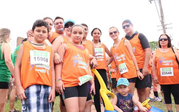 Silvia inscreveu toda a família na corrida de 7 km. (Foto: Gustavo Arakaki)