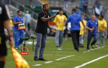 """Roger admite individualidades abaixo em revés do Grêmio: """"Foi o dia do não"""""""