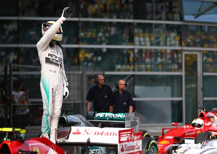 Lewis Hamilton pole position GP da China - Fórmula 1 (Foto: Getty Images)