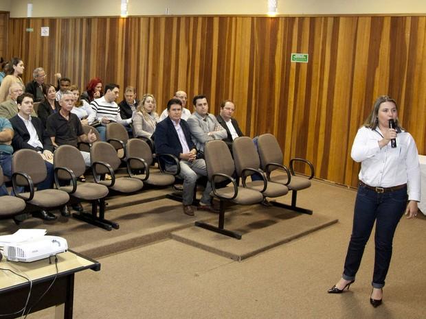 Santa Bárbara estima orçamento 7% maior em 2014, de R$ 445,6 milhões - secretária da Fazenda, Raquel Campagnol (Foto: Prefeitura de Santa Bárbara/assessoria de imprensa)