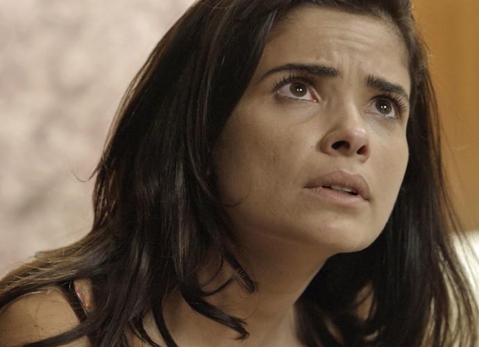 Tóia implora para não ficar sozinha (Foto: TV Globo)