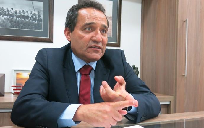 Deley entrevista candidatos fluminense (Foto: Edgard Maciel de Sá)