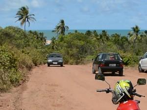 Acidente aconteceu na Praia de Gramame (Foto: Walter Paparazzo/G1)