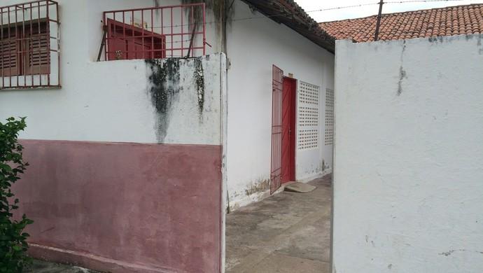 Reunião portas fechadas América-Rn (Foto: Jocaff Souza/GloboEsporte.com)