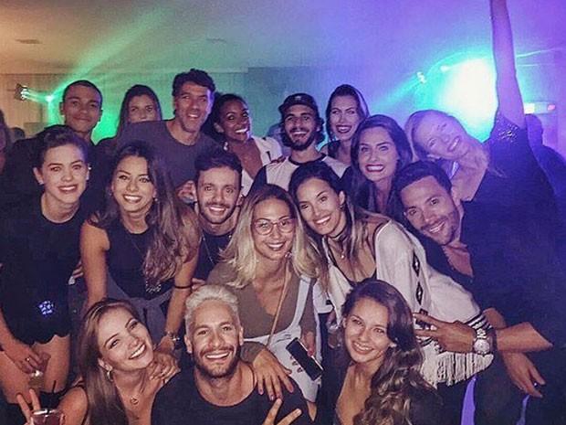 Famosos em festa na casa de Nego do Borel no Rio (Foto: Instagram/ Reprodução)
