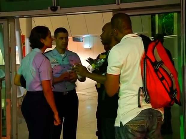 Turistas se confundiram e foram para o aeroporto de Parnamirim, que está desativado (Foto: Reprodução/Inter TV Cabugi)
