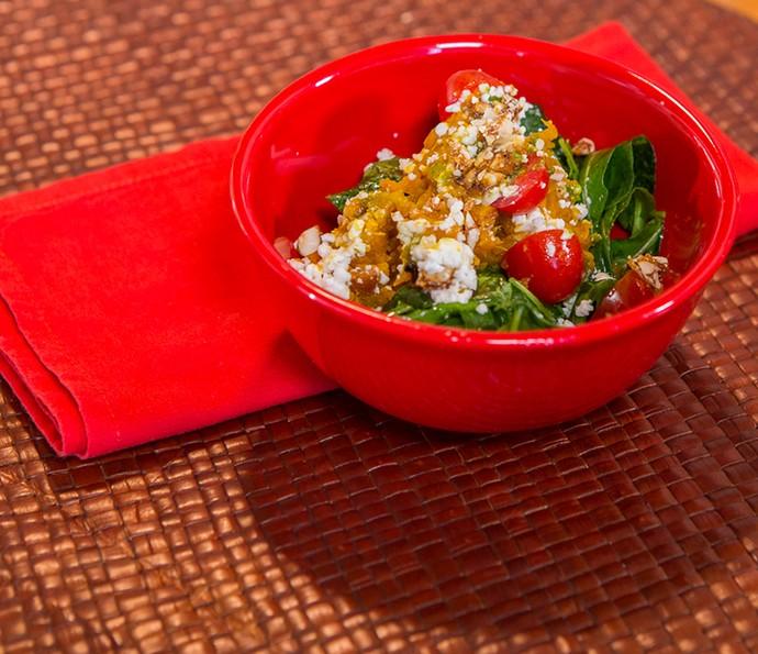 Salada de abóbora com queijo de cabra (Foto: Artur Meninea/Gshow)