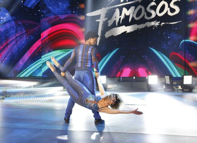 Mariana Santos arrasa na coreografia (Foto: Ellen Soares/Gshow)