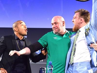 José Aldo e Cono Mcgregor, Coletiva UFC189 (Foto: Getty Images)