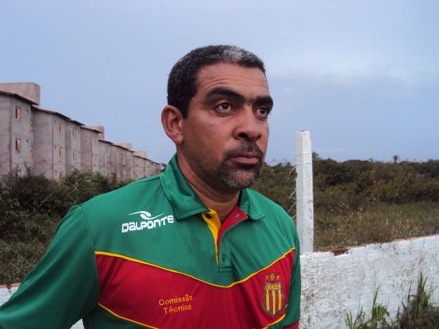 Wellington Recife, preparador de goleiros (Foto: Afonso Diniz)