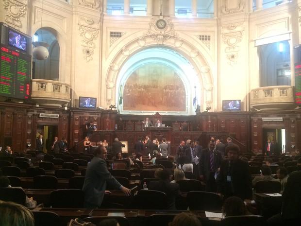 Projeto de lei sobre revista em presídios recebeu sete emendas na Alerj (Foto: Marcelo Elizardo/ G1)