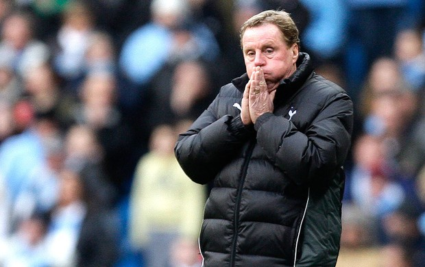Harry Redknapp, t&#233;cnico do Tottenham (Foto: AP)