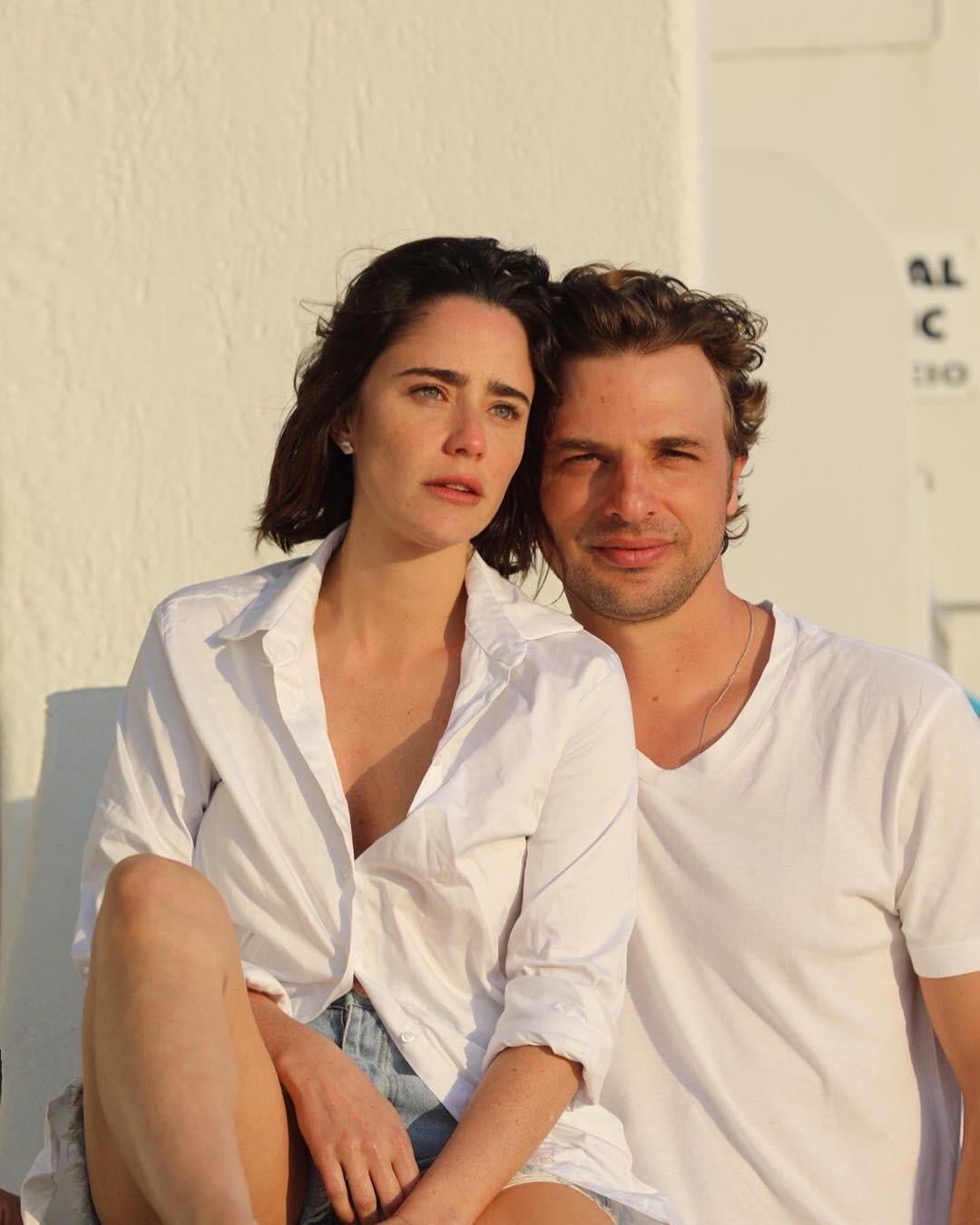 Casal posou junto na Grécia (Foto: Instagram/Reprodução)