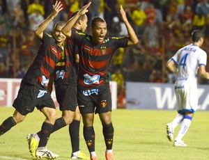 Marco Aurélio comemoração gol Sport contra Avaí (Foto: Clélio Thomaz / Agência Estado)