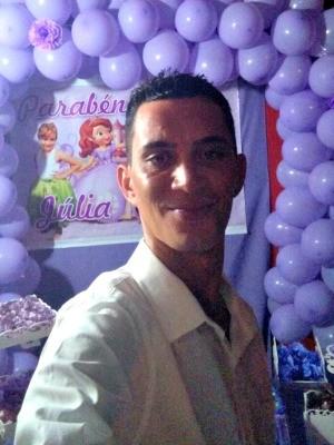 Eduardo Melo de Aguiar, de 31 anos, foi alvejado por um tiro na nuca na segunda-feira (27) (Foto: Arquivo pessoal)