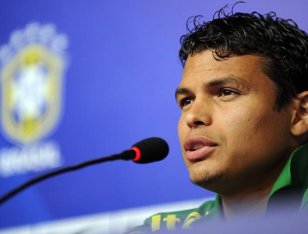 Thiago Silva coletiva brasil seleção (Foto: AFP)